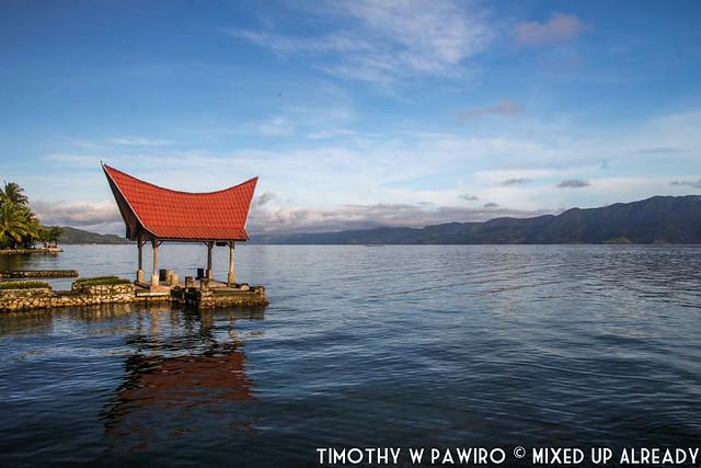 Indonesia - North Sumatra - Samosir - Lake Toba - Lekjon - A clear blue sky