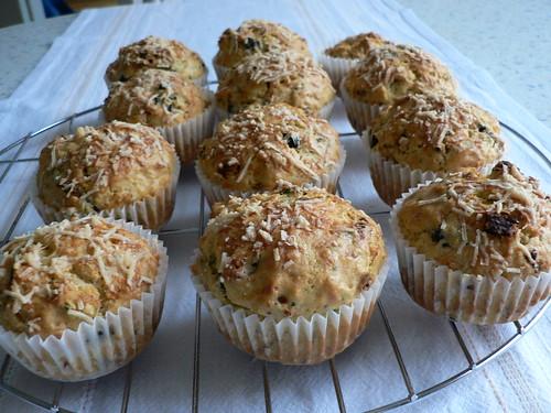 Tomaten-Oliven-Muffins 001