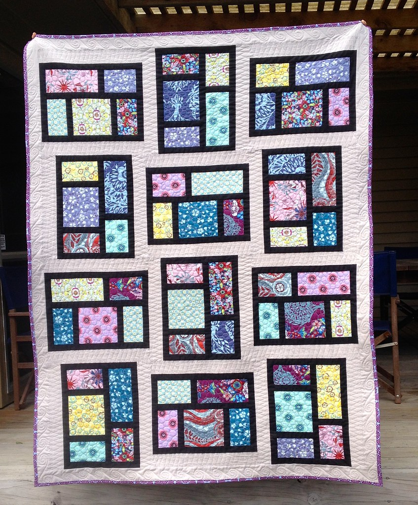 Kitchen Window quilt finished