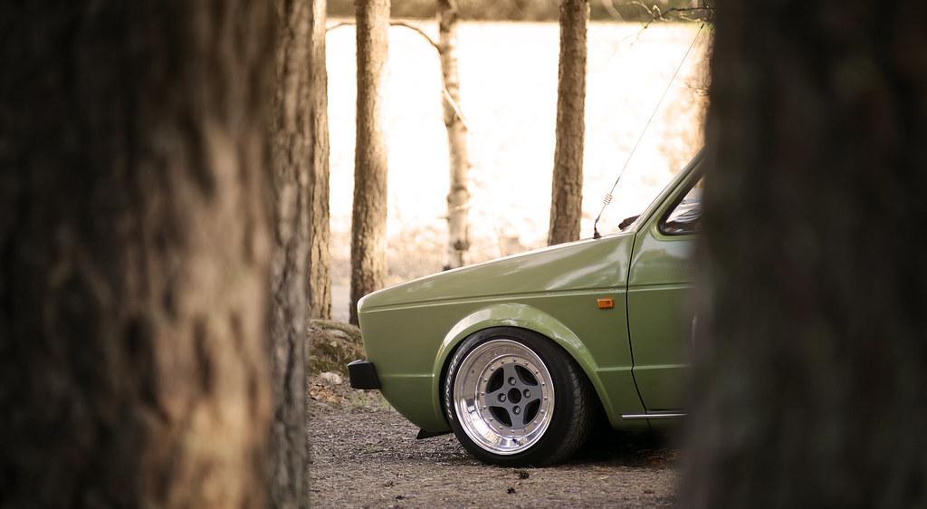 john_gleasy: Rauhakylä Low Lows: VW Caddy 1987 + Allu A6 12326122245_c26f595c4c_b