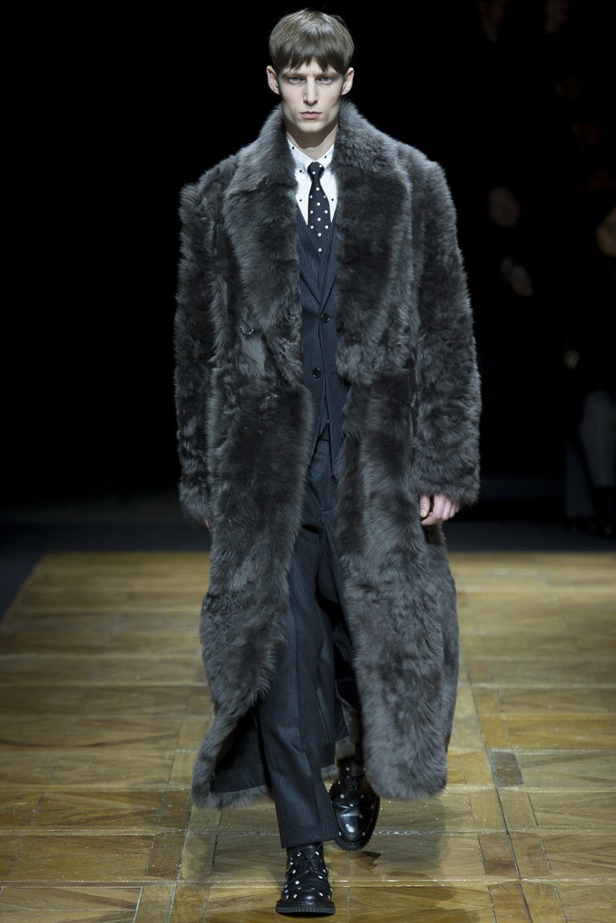 FW14 Paris Dior Homme009_Laurie Harding(VOGUE)