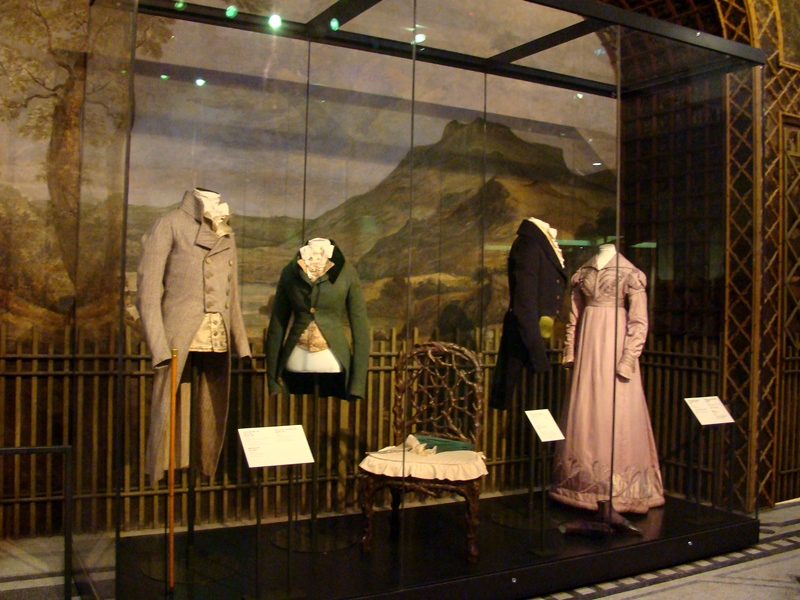 Victoria and Albert Museum fashion