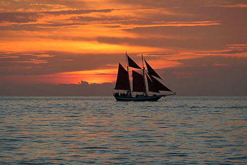 travel sunset sea usa seascape west color night sailboat america canon photography eos rebel boat kiss key ship florida cloudy outdoor united sail states amerika rik 650d t4i efs18135mmf3556is x6i tiggelhoven