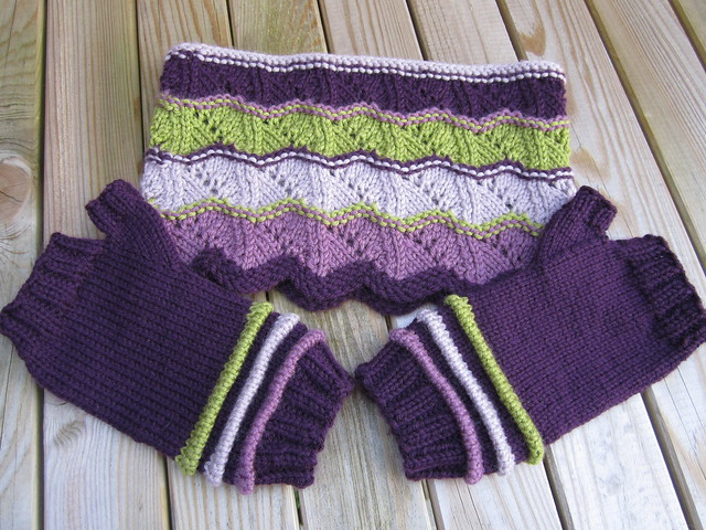 cowl and mitts gift (2)
