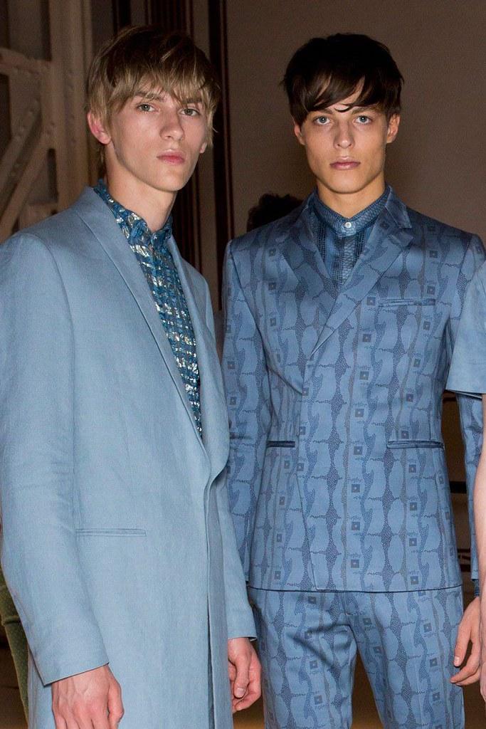 Dominik Sadoch3362_SS16 Milan Etro_Brodie Scott(fashionising.com)