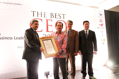 The Best CEO & Indonesia Future Business Leader Award 2013 ~ Tanri Abeng.