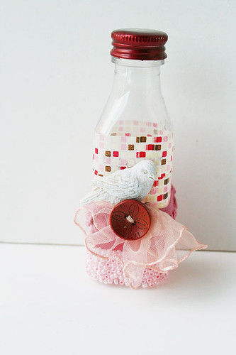 Upcycled-bottle-with-beads