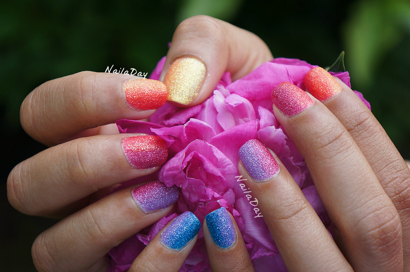 NailaDay: Zoya PixieDust Summer Rainbow gradient