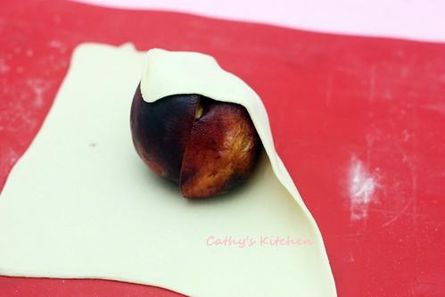 蜜桃酥烤包 Peach Dumpling 10