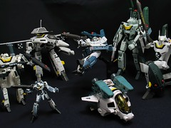 Iterations: VF-1S from Super Dimension Fortress Macross