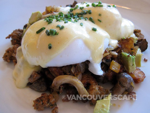 Earls Brunch Chorizo + Mushroom Hash