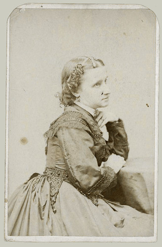 CDV woman profile