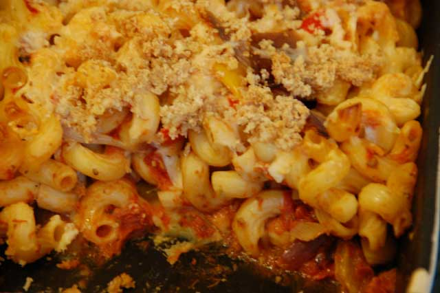 Vegetarian Pasta Bake Recipe with cheese and peppers