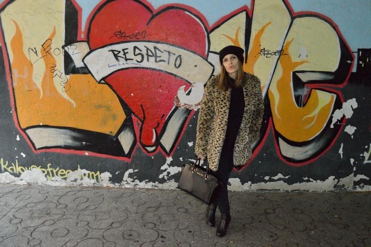 lara-vazquez-madlula-streetstyle-fashion-chic-leo-coat