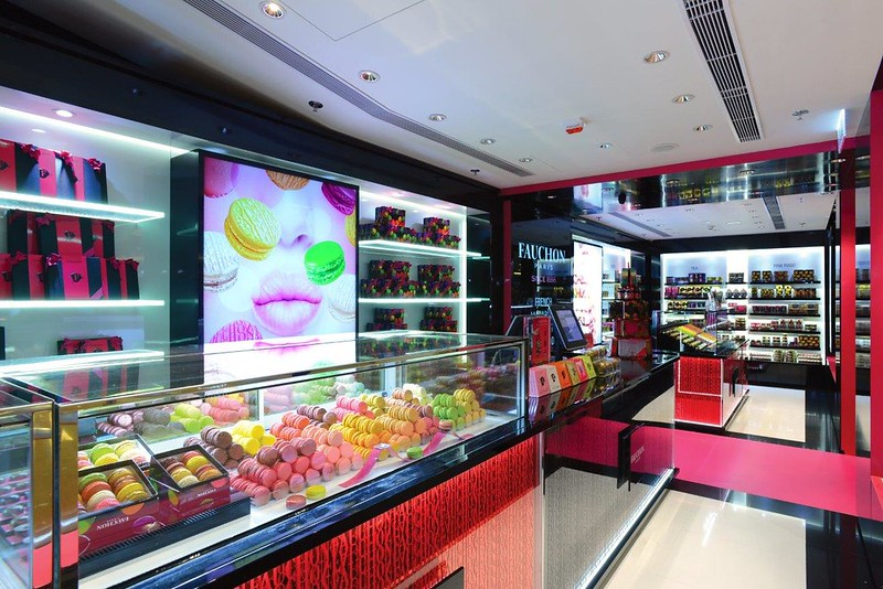 Pic 2 - Interior of FAUCHON Paris Harbour City.jpg