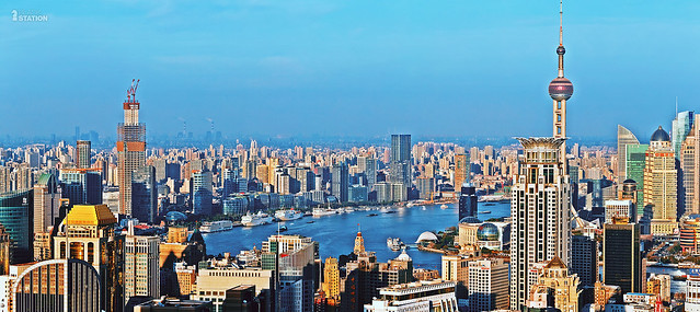 浦江蓝  /  the blue Huangpu River