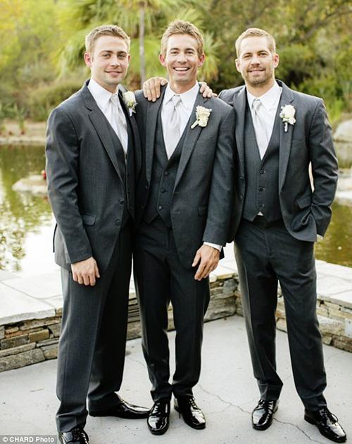 Paul Walker e seus irmãos