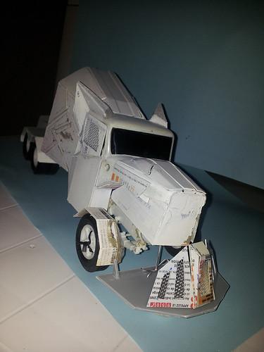 [Déterrage] Wolf Truck sur base de Diamond Reo AMT au 1/24 32568478830_a66df2f9d9