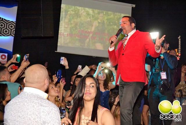 Frank Reyes Tour Europa (Fotos de 08Sesion.com)