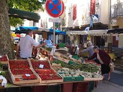 Lalinde market day