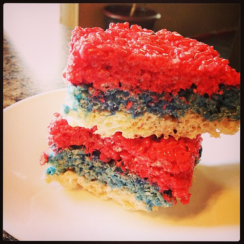 Patriotic rice crispy treats. #bpcphonephotographyproject #summerfood