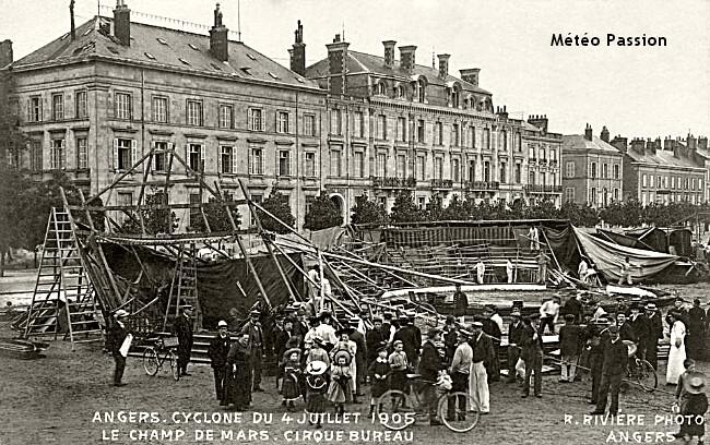 cirque emporté par les bourrasques lors de l'orage du 4 juillet 1905 à Angers météopassion
