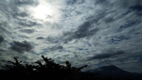 sky cloud mountain clouds sony bluesky mtiwate rx100