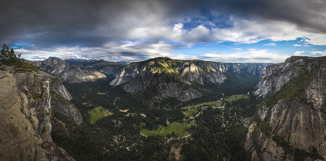 Yosemite Point Pano