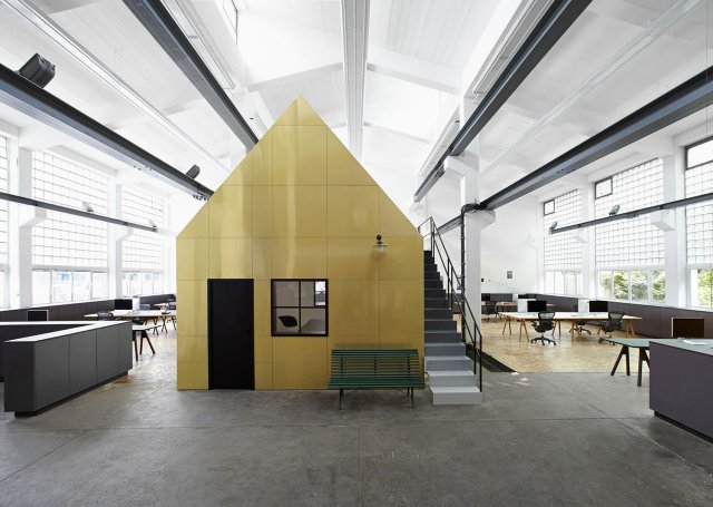 Halle-A-by-Designliga-Munich-Germany-Yellowtrace-01