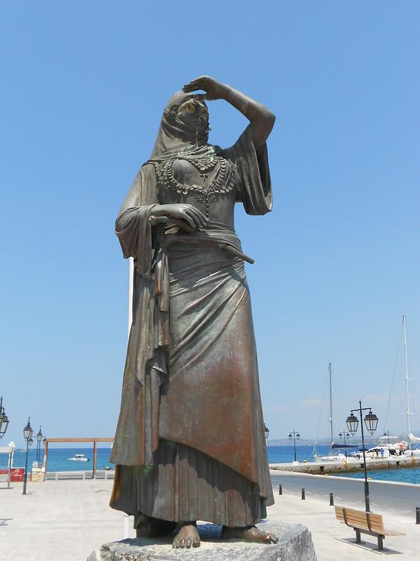 statua a Lascarina Bouboulina, Spetses