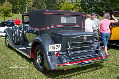 1933 Packard Convertible - Rear