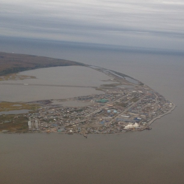 northwest arctic county Northwest arctic county alaska state has a total of 25 passport acceptance offices that you would be able to obtain a passport the passport agent in northwest arctic county would be able give you the passport form and witness your signature to obtain a passport.