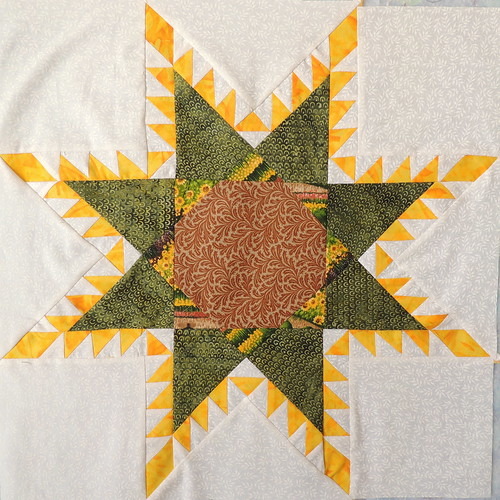 054 - Yet Another Feathered Star Quilt Block