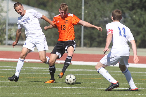 WOLFPACK MEN'S SOCCER REMAIN UNBEATEN AFTER DOWNING VIU