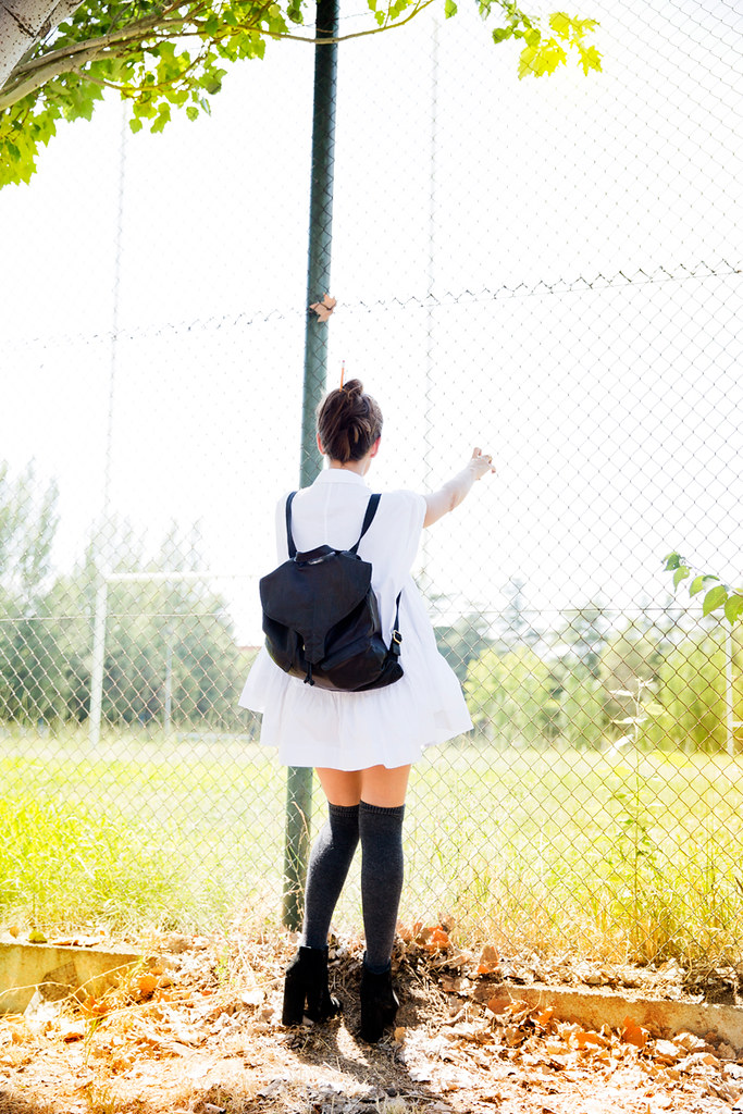 White_Dres-Socks-Back_To_School-Asos-Backpack-Topknot-Street_style-Outfit-
