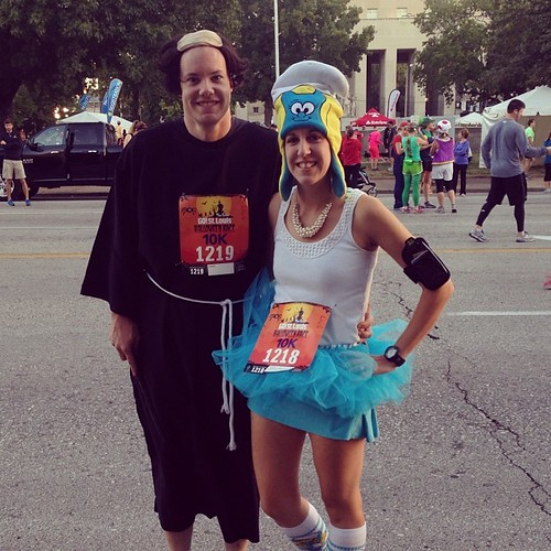 Go! Halloween Run!! Smurfette finished at 56:43! 10K PR for meee!