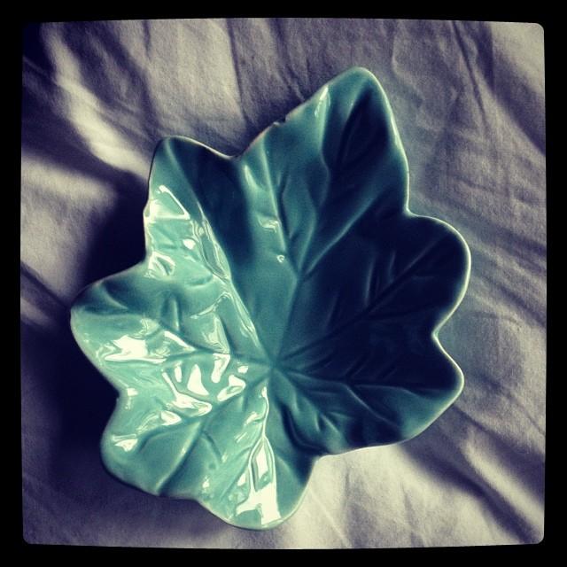 Leaf dish