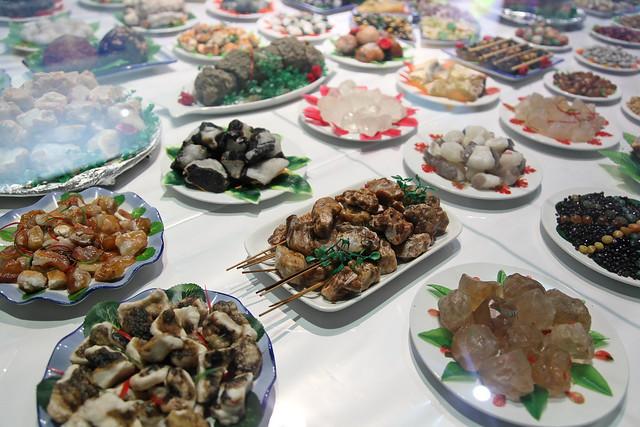Cuisine dishes made of stones, Kumul (Hami) ハミ、博物館で見た石の料理