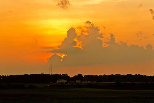 sunset usa wisconsin geotagged unitedstates amtrak ge racine 342 hiawatha franksville amtk gep32bwh dash832bwh p32bwh amtraktrain342 geo:lat=4274181193 geo:lon=8790326625