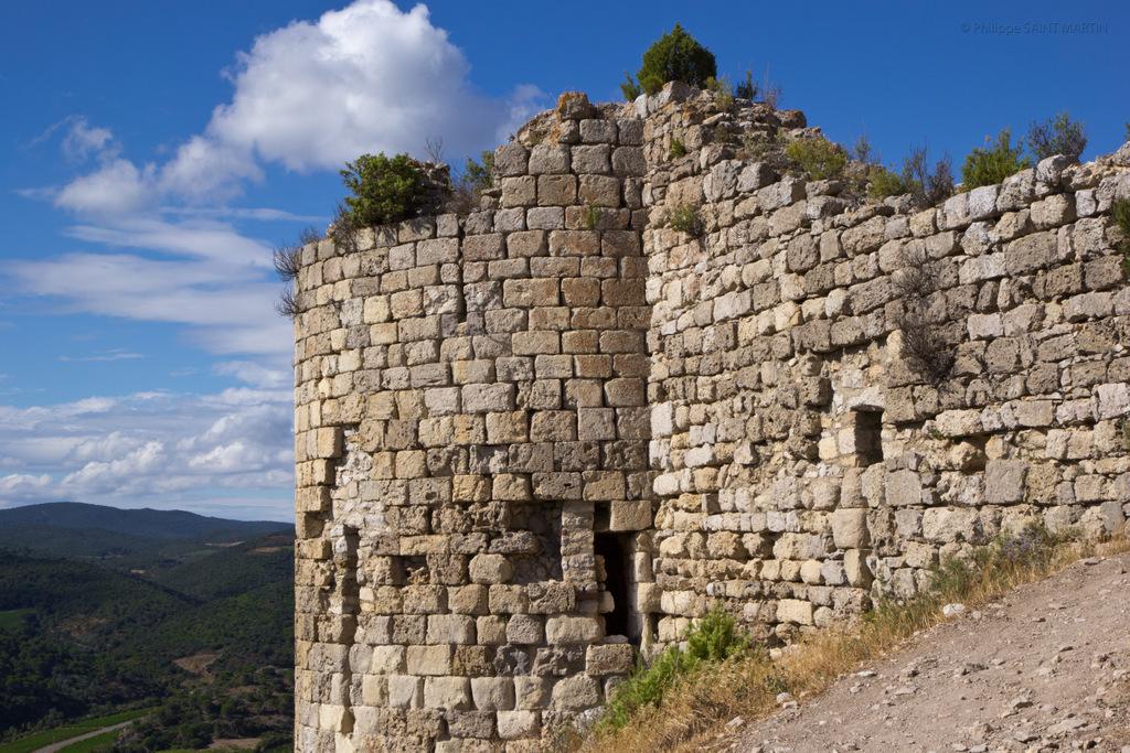 Château d'Aguilar - Aguilar castle