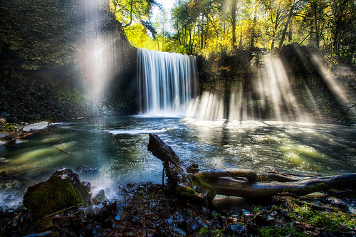 travel sunlight nature water sunshine oregon landscape outdoors waterfall northwest hiking hike falls adventure sunbeam beaverfalls