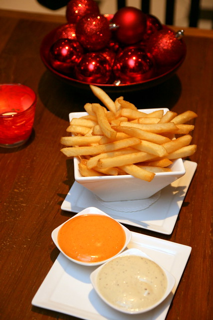 Side dish (to die for): Potato fries, with piquant sauce and truffle aioli