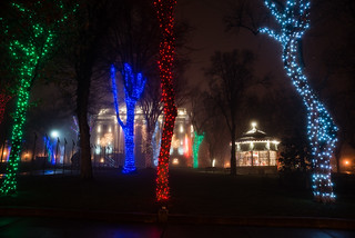courthouse_lights_fog_20131220_106