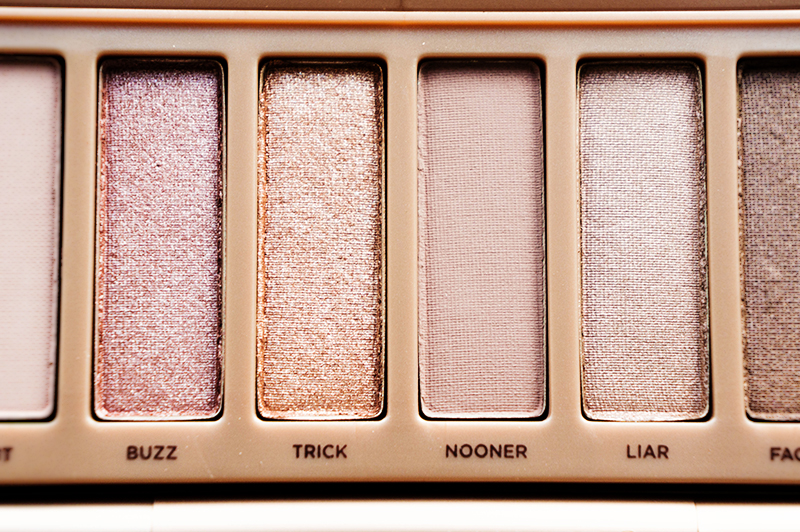 Urban Decay Naked 3 Palette: Buzz, Trick, Nooner & Liar | www.latenightnonsense.com