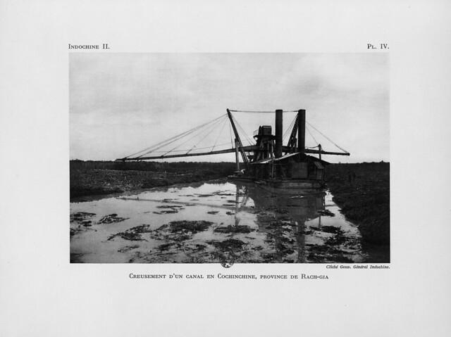 1931 Creusement d'un canal en Cochinchine, province de Rach-Gia - Nạo vét kênh ở Nam Kỳ, tỉnh Rạch Giá