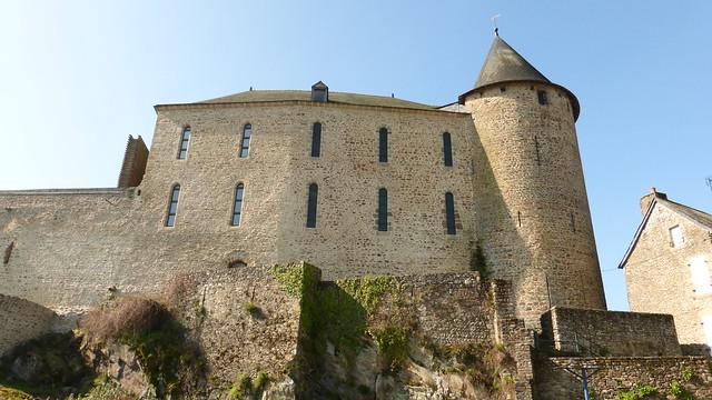 455 Le château de Mayenne