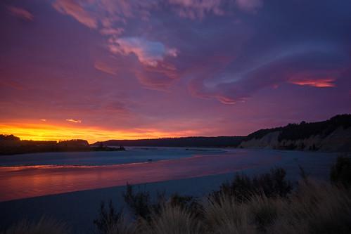 pink light newzealand cloud water sunrise river licht wasser wolke canterbury lila nz fluss sonnenaufgang neuseeland rakaia morgenrot 2014 purpur morningdawn dorenawm renatedodell rakaiagorgeriver