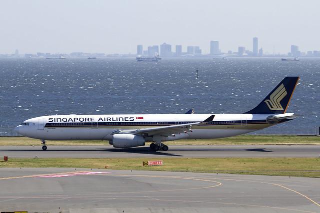 SQ A330-200