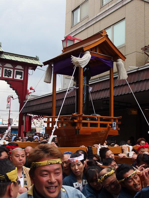 Parade @ Penis festival @ Kanamara Festival @ Kanayama Shrine @ Kawasaki