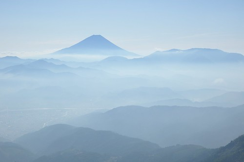 Layers of Mountains to Mt.Fuji Oct/10 2011 8:56